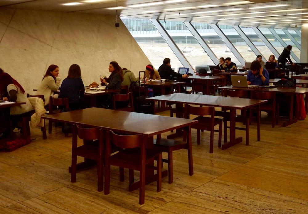 bar dos artistas study work porto