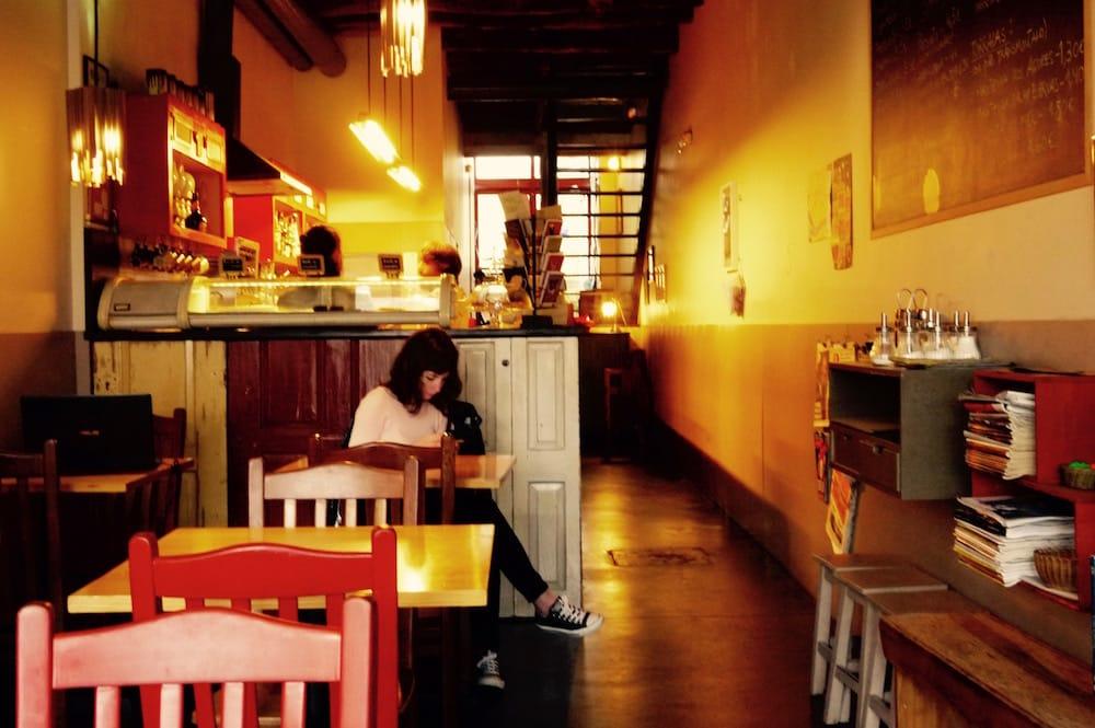 duas de letra study work cafes porto