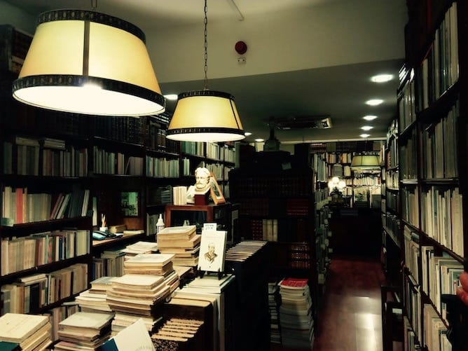 second hand bookshop porto candelabro