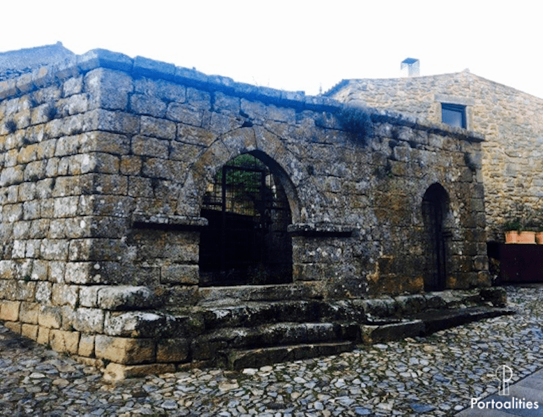 castelo rodrigo influencia arabe portugal