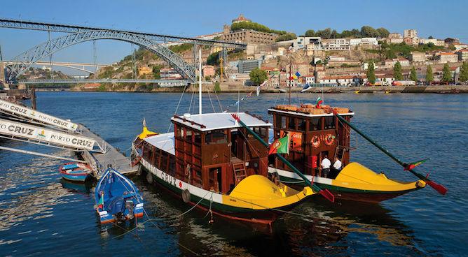 rabelo boat douro river porto