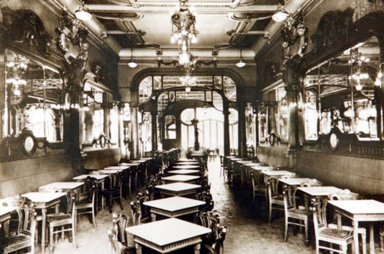 history famous cafe majestic porto antique