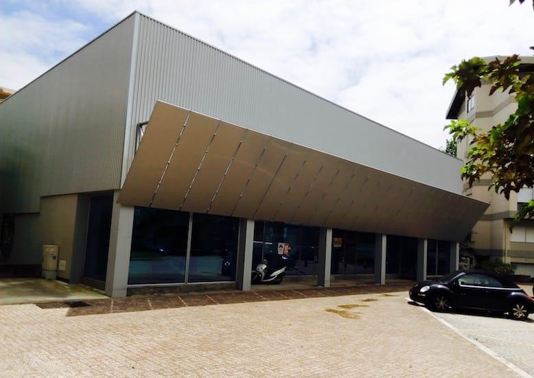 alvaro siza architecture supermarket unicoope domus