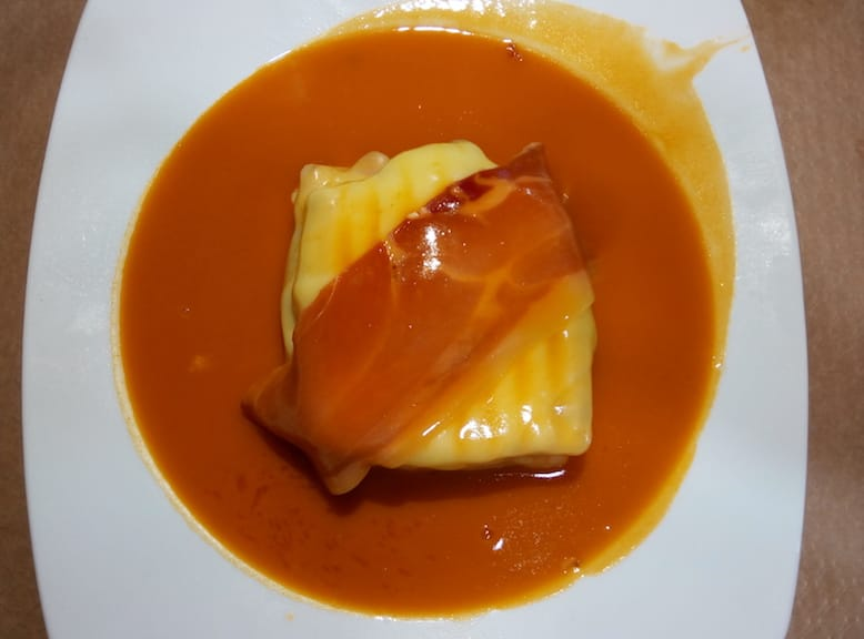 francesinhas downtown porto food portuguese gastronomy francesinha cafe