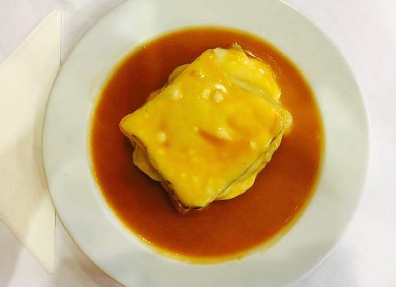francesinhas downtown porto food portuguese gastronomy galiza restaurant