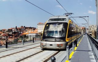 how to use the metro of porto
