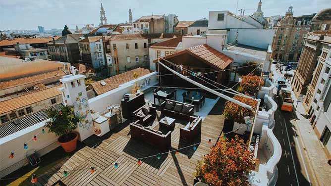 graca divertido rooftop bar porto