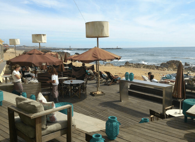terrace praia luz porto