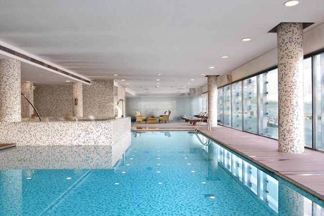 hotel aveiro melia indoors swimming pool