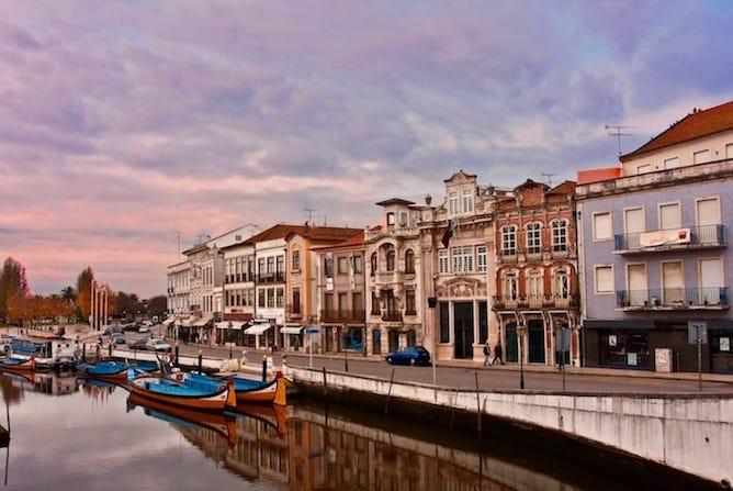 list hotel aveiro portugal moliceiro canals