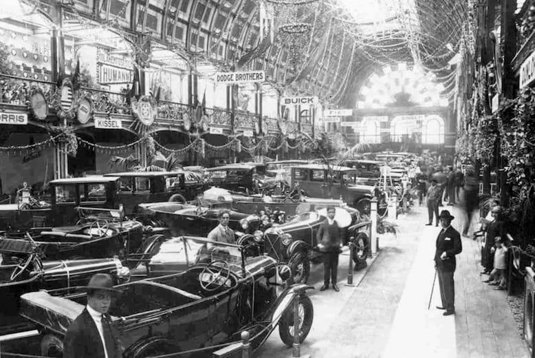 Salão Automóvel, 1926. Foto retirada do blog www.portoarc.blogspot.pt