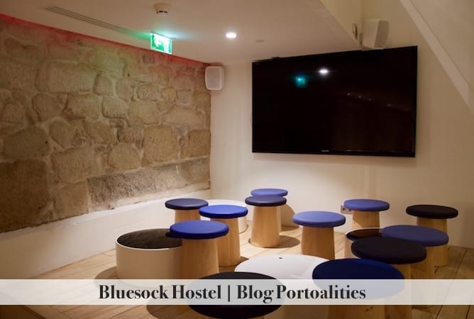 bluesock hostel porto common spaces