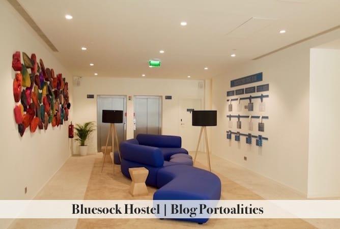 bluesock hostel porto entrance