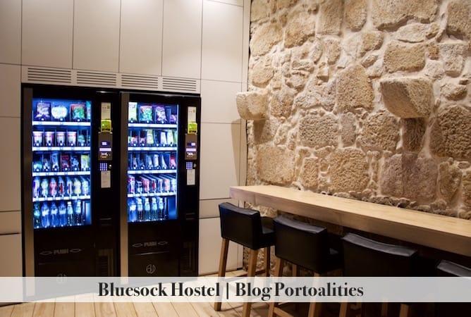 bluesock hostel porto vending machines