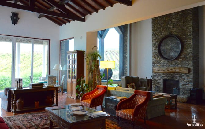 boutique hotels portugal casa pipas quinta portal reception