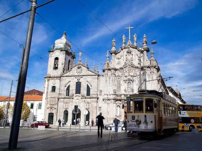 carmo church cedofeita neighborhood porto