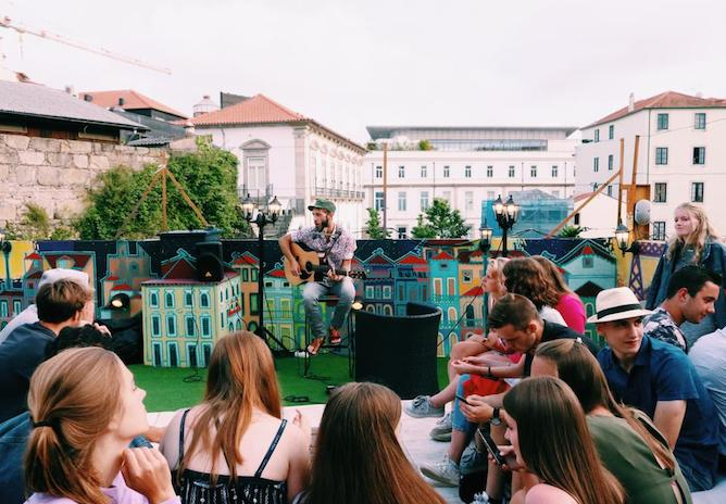cats hostel concert on rooftop porto