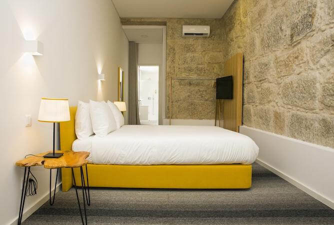 double bedroom alvares cabral guest house where stay in porto