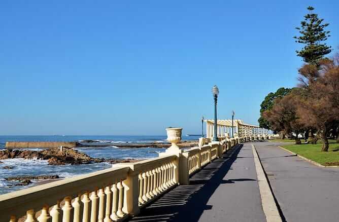 promenade foz neighborhood porto