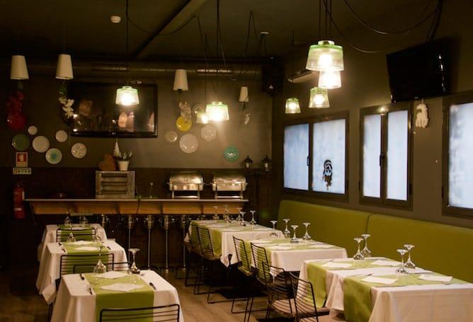 ttatva design hostel porto restaurant