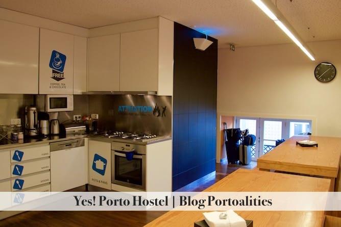 yes porto hostel-other kitchen