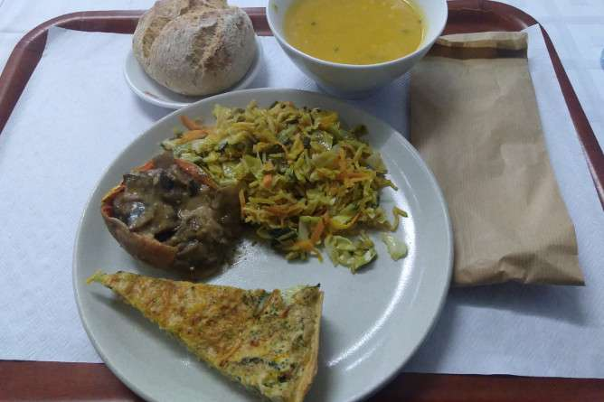 cheap vegetarian food porto