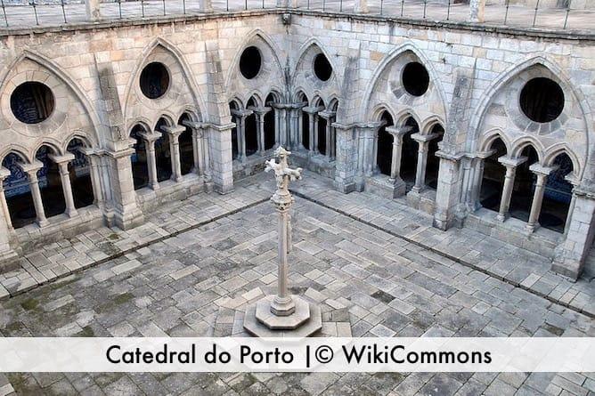 catedral porto claustro cruz