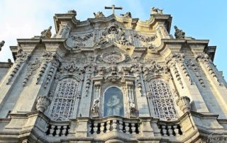 most beautiful churches downtown porto