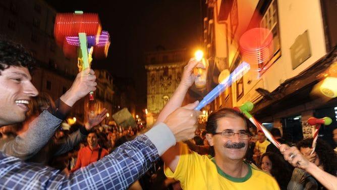 são joão festival porto traditions plastic hammer