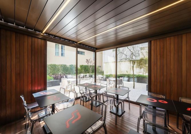 living room moov hotel porto