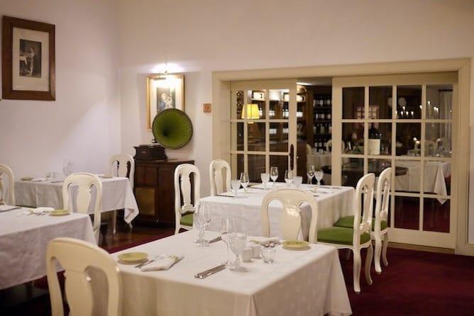 quinta nova dining room