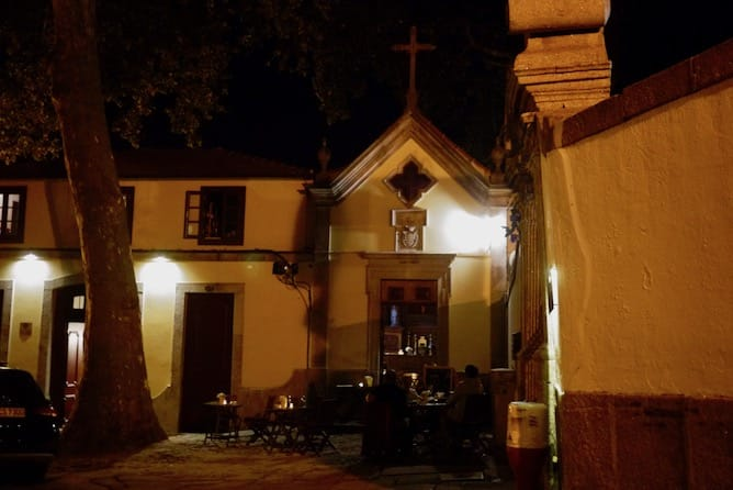 capela incomum bar vinhos porto