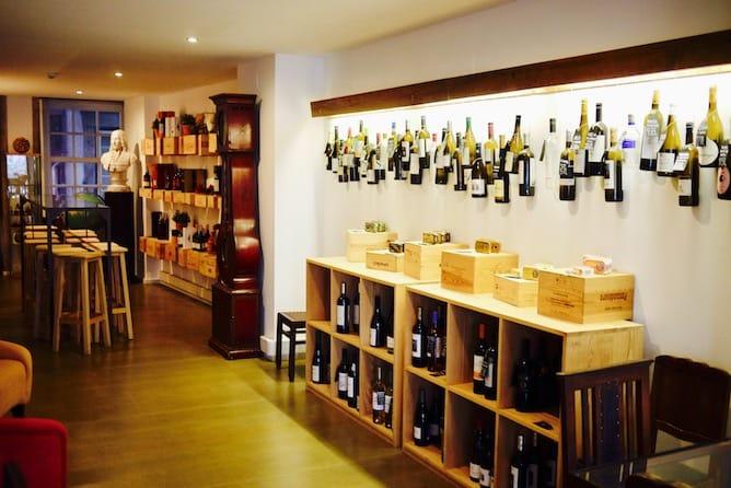 sala principal wine quay bar porto