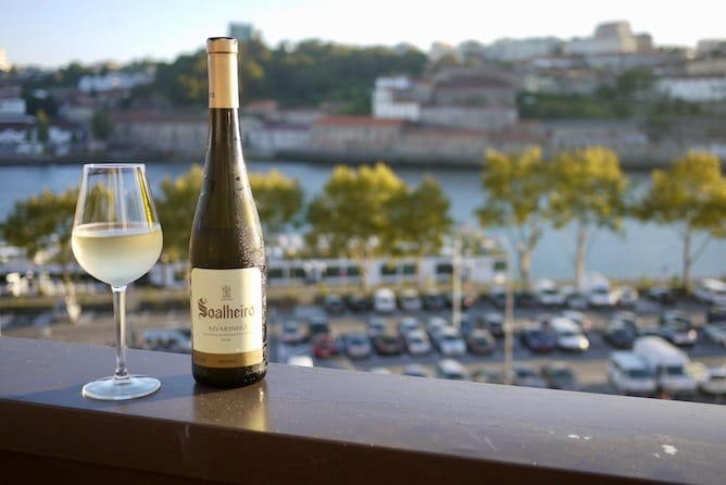 top places wine tasting porto