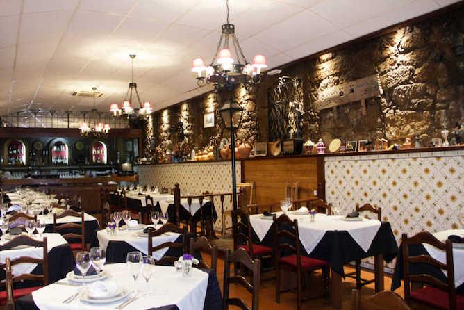 fado restaurante porto
