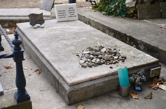 jewish gravestone agramonte cemetery porto