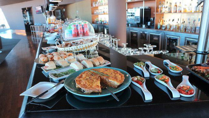 porto palacio brunch buffet