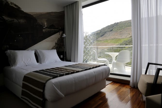 LBV house hotel pinhao douro valley double bedroom