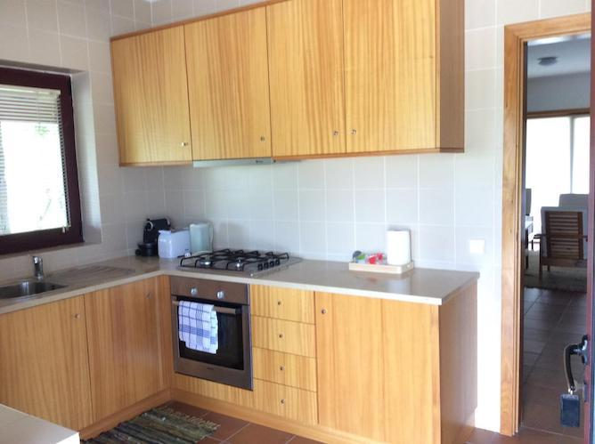 casas faisca accommodation douro valley kitchen