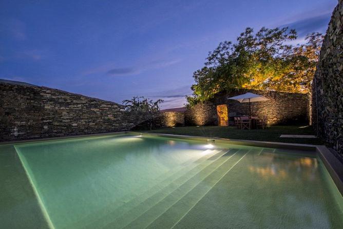 morgadia calcada country house douro valley swimming pool