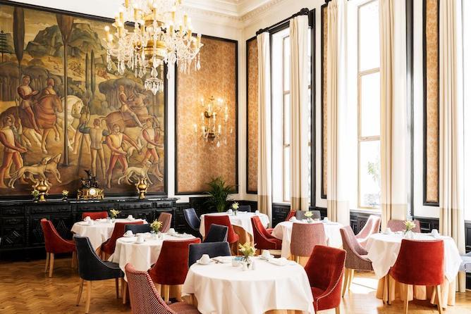 infante sagres luxury historic hotel porto dinning room