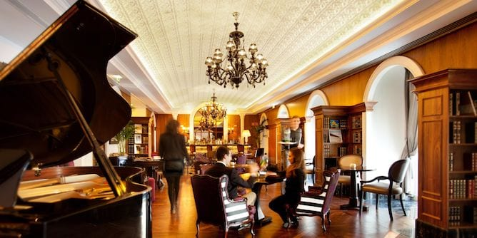 intercontinental luxury hotel porto bar