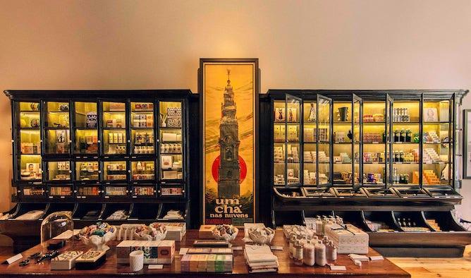 vida portuguesa portuguese souvenir stores