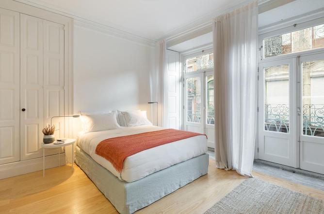 b28 apartments porto double bedroom