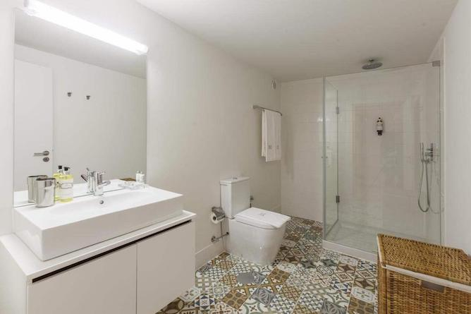 large bathroom with portuguese tiles apartment to stay in porto