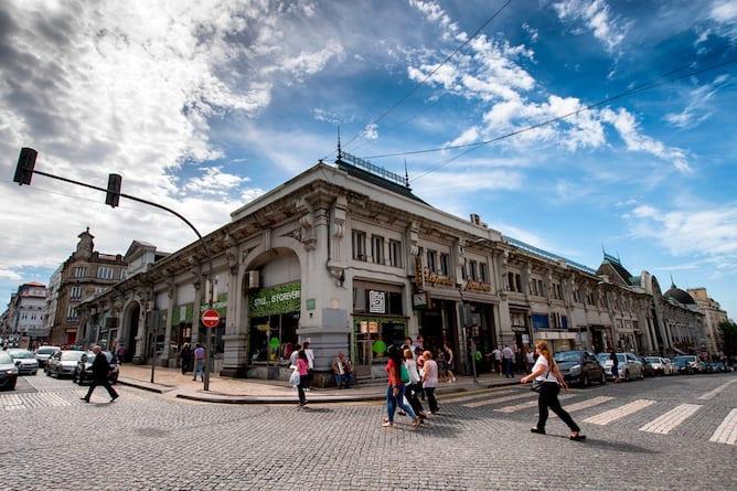 rua sa bandeira famoso mercado bolhao porto