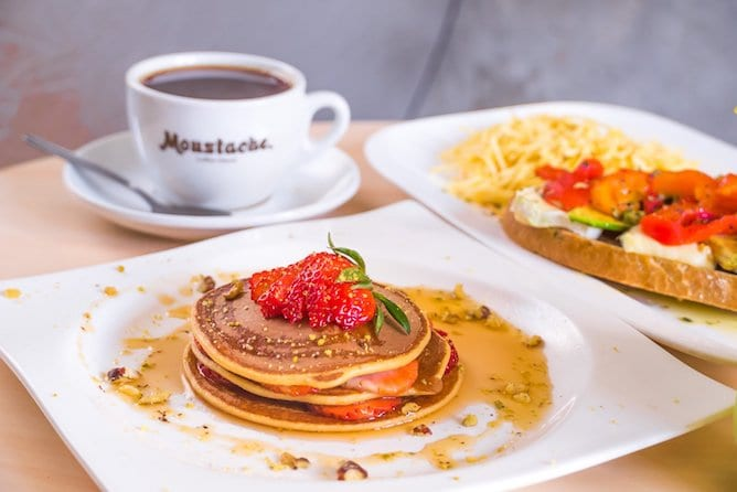 perfect breakfast pancakes coffee porto