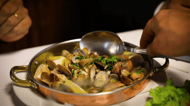 steamed clams seafood restaurant gaveto matosinhos