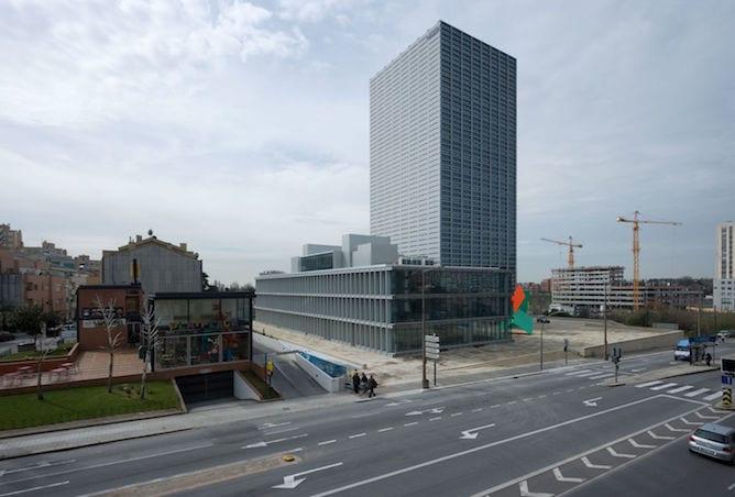 torre burgo edificio souto moura porto