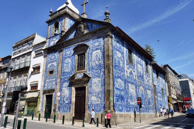 capela almas azulejo porto